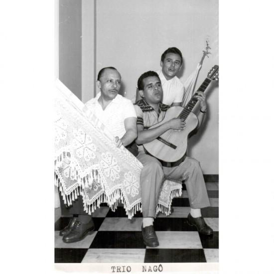 Trio Nago -