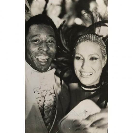 Rei Pelé E Cantora Rosemary...